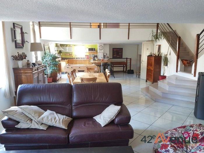 Sale house / villa Saint-étienne 231000€ - Picture 5