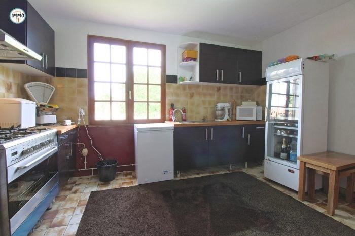 Vente maison / villa Brie-sous-mortagne 297000€ - Photo 6