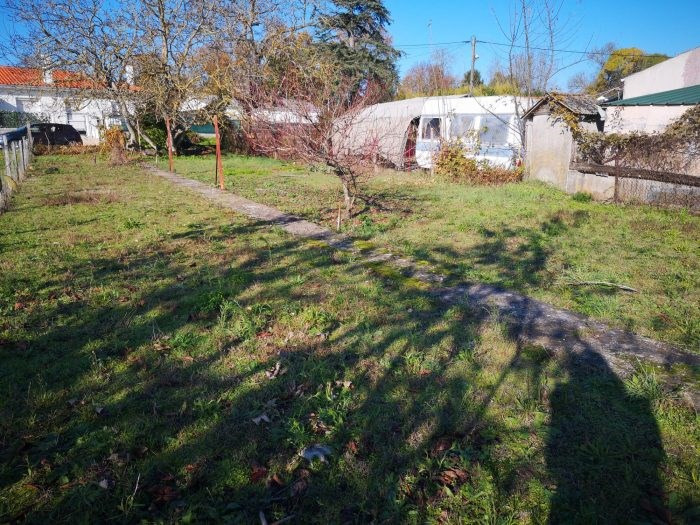 Vente terrain Mortagne-sur-gironde 17 900€ - Photo 1