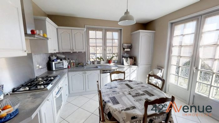 Vente maison / villa Saint-maurice-en-gourgois 275000€ - Photo 6
