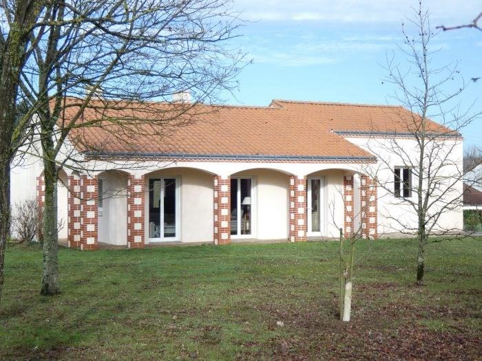 Sale house / villa Vallet 340500€ - Picture 5