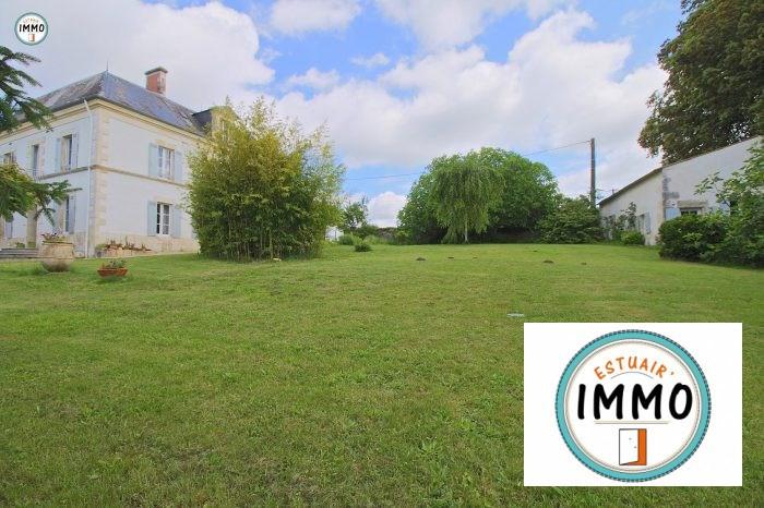 Deluxe sale house / villa Mortagne sur gironde 598900€ - Picture 5