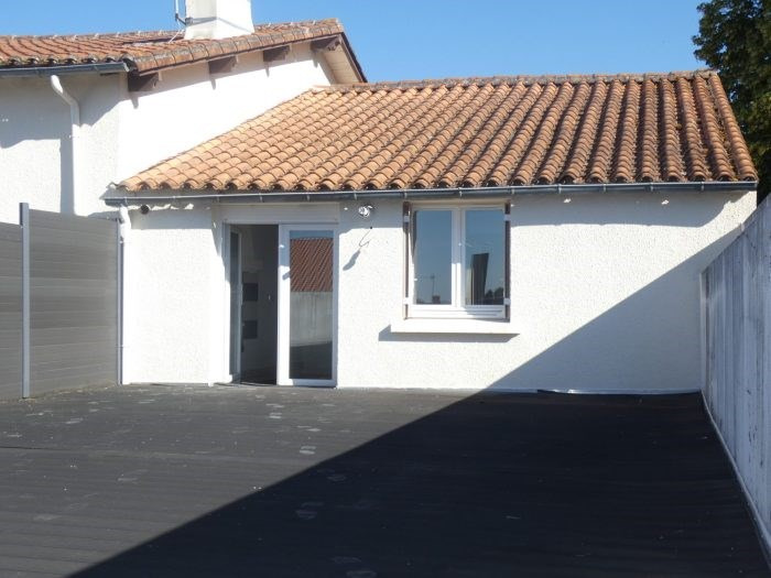 Sale apartment Vallet 136490€ - Picture 2