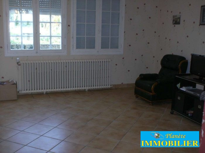 Sale house / villa Plozevet 141 210€ - Picture 4