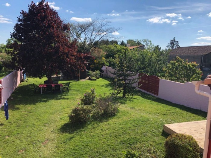 Sale house / villa Clisson 363000€ - Picture 2