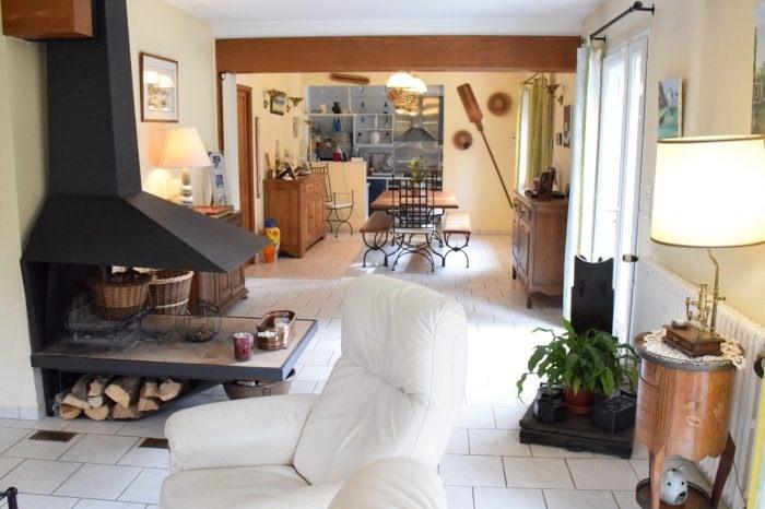 Sale house / villa Merey 294000€ - Picture 3