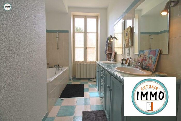 Deluxe sale house / villa Mortagne sur gironde 598900€ - Picture 12