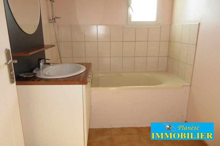 Sale house / villa Plozevet 166 720€ - Picture 8