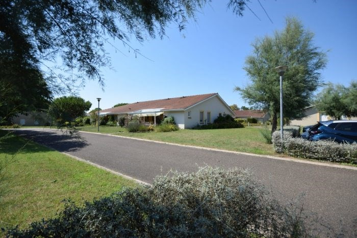 Vitalicio  casa Hinx 40000€ - Fotografía 1