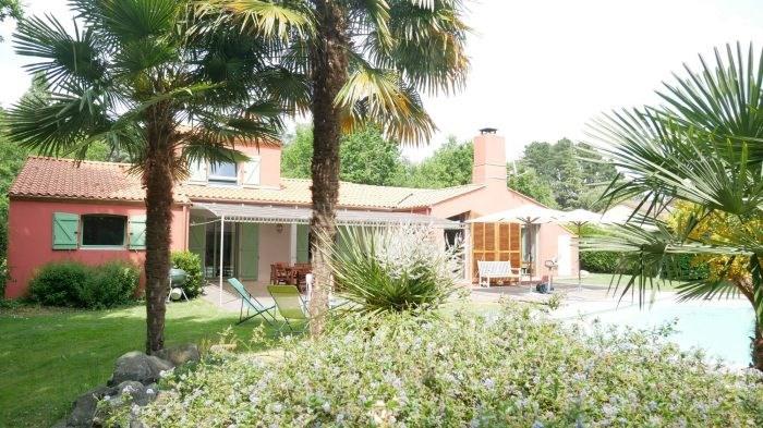 Deluxe sale house / villa Clisson 582400€ - Picture 2