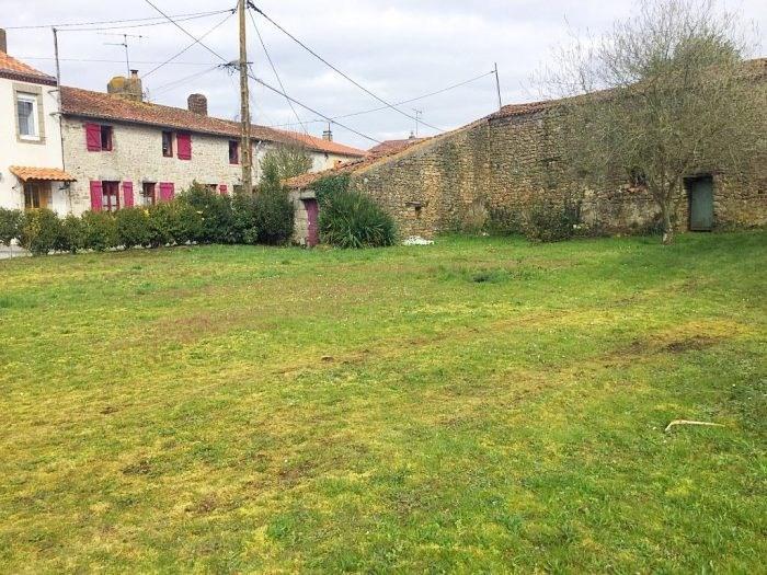 Sale site Montigné-sur-moine 25000€ - Picture 1