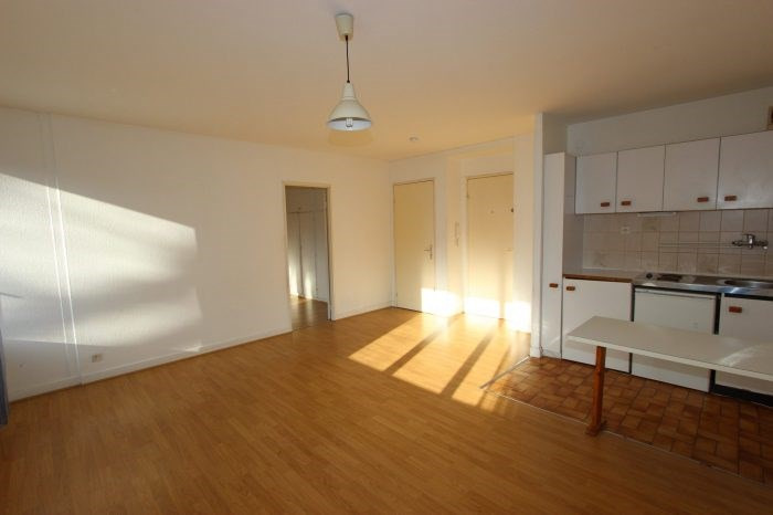 Rental apartment Strasbourg 680€ CC - Picture 2