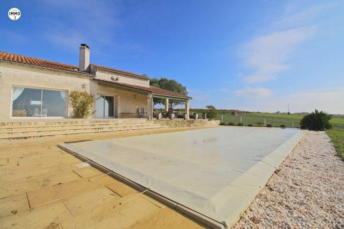 Deluxe sale house / villa Saint-dizant-du-gua 508800€ - Picture 1