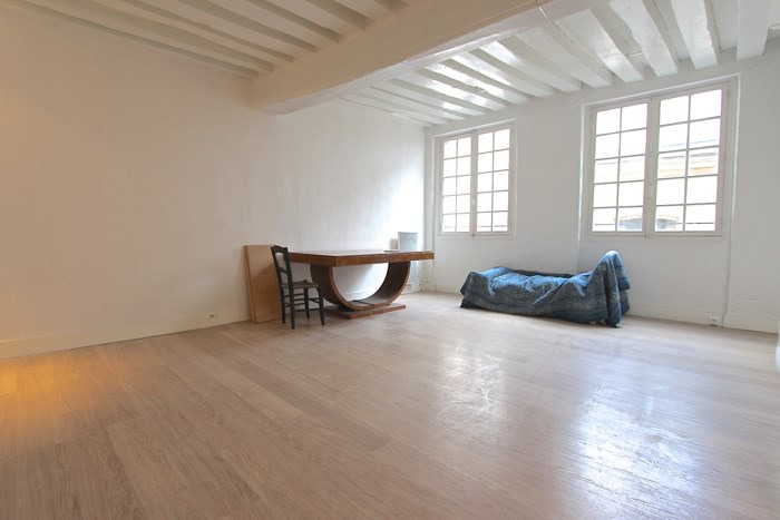 Vente appartement Paris 3ème 695 000€ - Photo 1