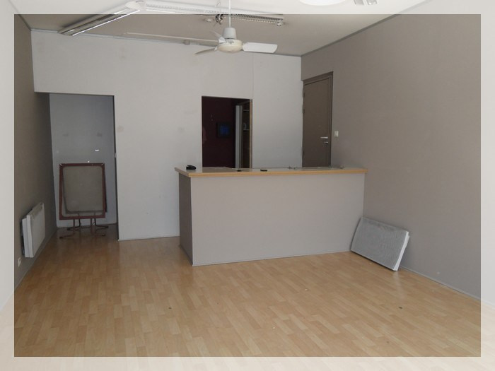 Rental empty room/storage Ancenis 456€ HC - Picture 3