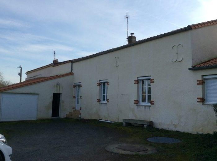 Sale house / villa Chavagnes-en-paillers 132400€ - Picture 1