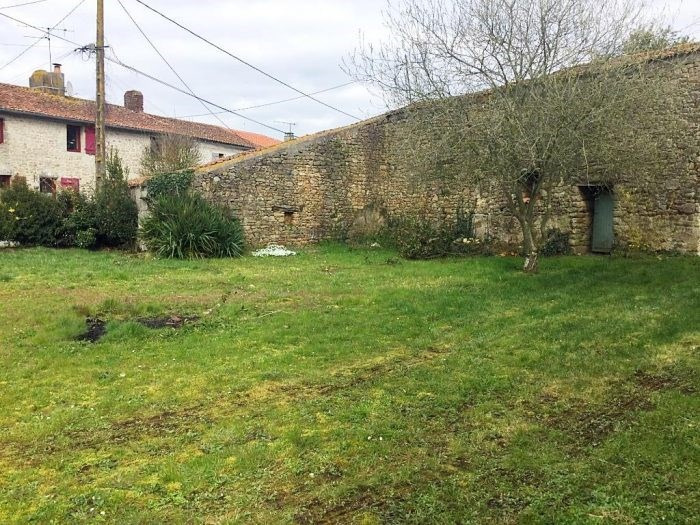 Sale site Montigné-sur-moine 25000€ - Picture 2