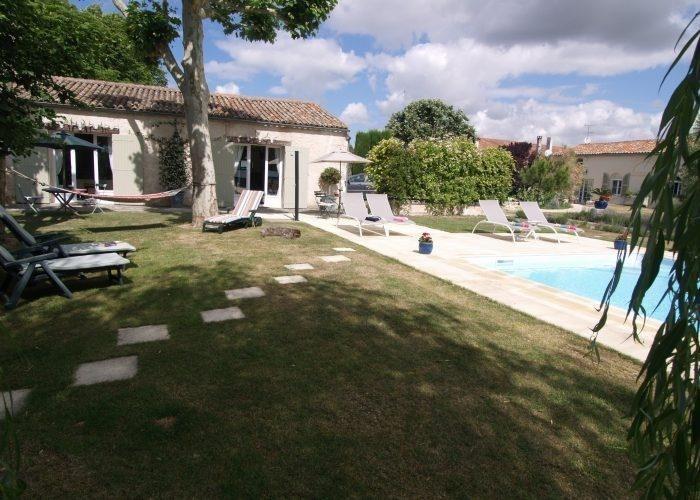 Vente de prestige maison / villa Saint vivien 1075000€ - Photo 2