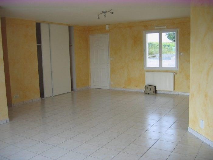 Sale house / villa Gesté 151490€ - Picture 1