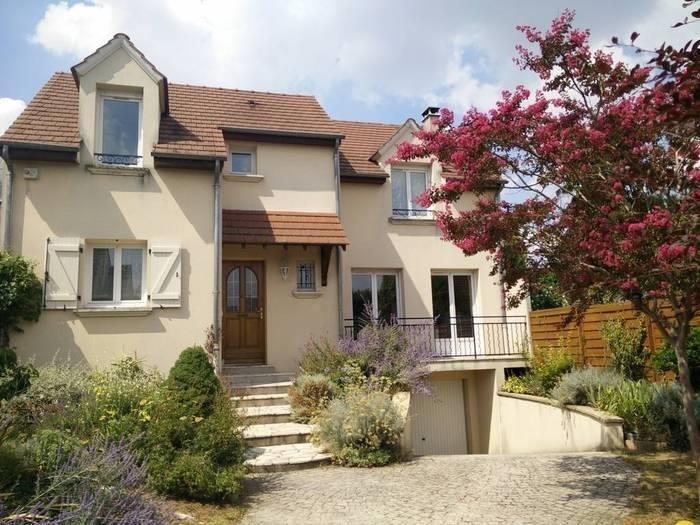 Sale house / villa Houilles 610000€ - Picture 1
