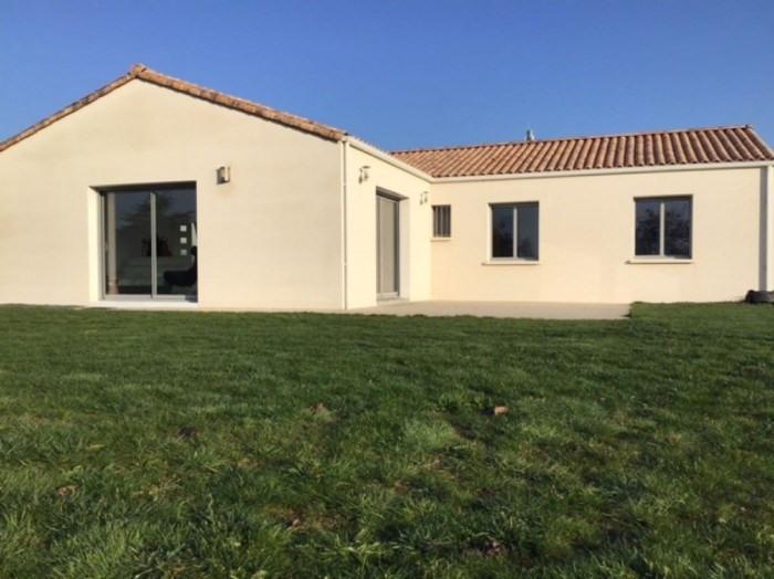 Sale house / villa Vallet 321900€ - Picture 1