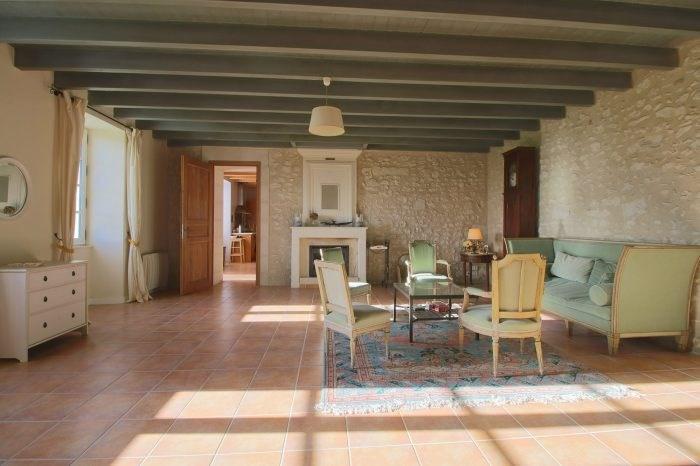 Deluxe sale house / villa Saint-fort-sur-gironde 498000€ - Picture 2