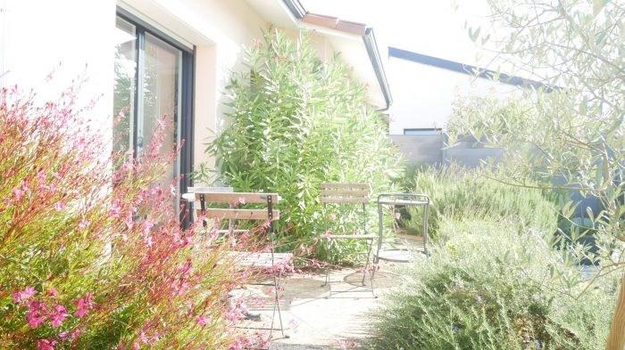 Deluxe sale house / villa Cugand 564300€ - Picture 3