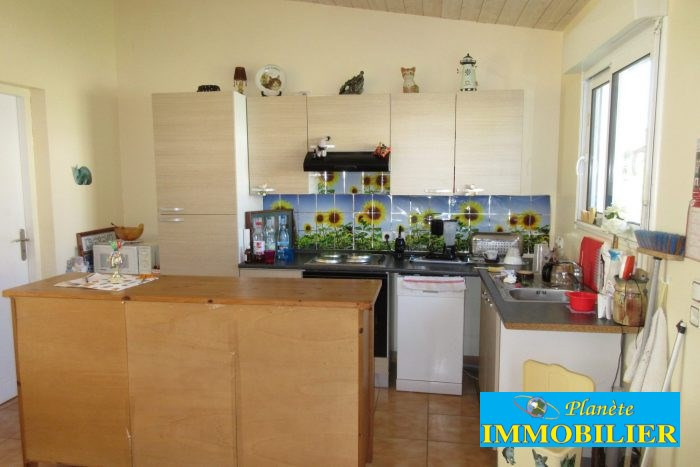 Sale house / villa Plozevet 166 720€ - Picture 5