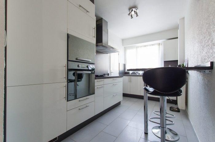 Sale apartment Ban-saint-martin 161000€ - Picture 2