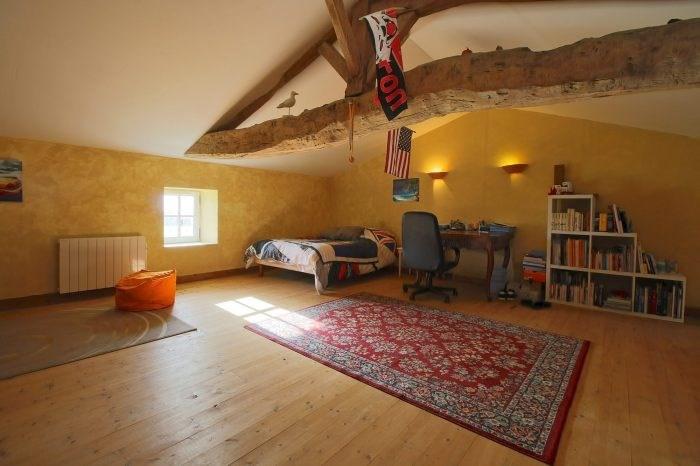 Deluxe sale house / villa Saint-fort-sur-gironde 498000€ - Picture 6