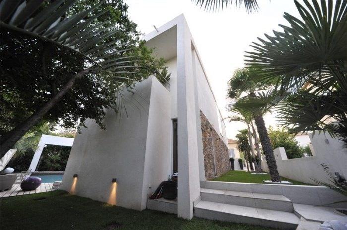 Deluxe sale house / villa Frejus 1150000€ - Picture 3