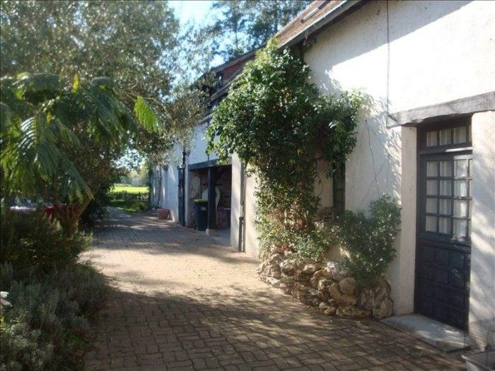 Sale house / villa Chambray 374000€ - Picture 10