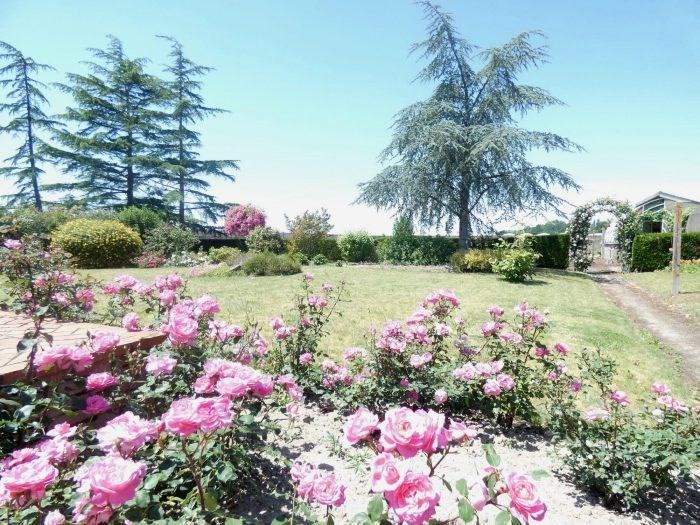 Sale house / villa Le landreau 299490€ - Picture 2