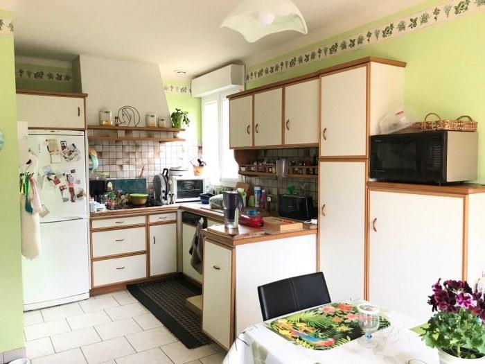 Sale house / villa Montaigu-vendée 206400€ - Picture 3