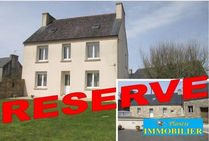 Sale house / villa Beuzec-cap-sizun 260500€ - Picture 1