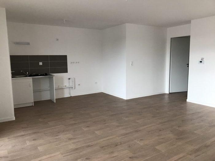 Rental apartment Clisson 662€ CC - Picture 5