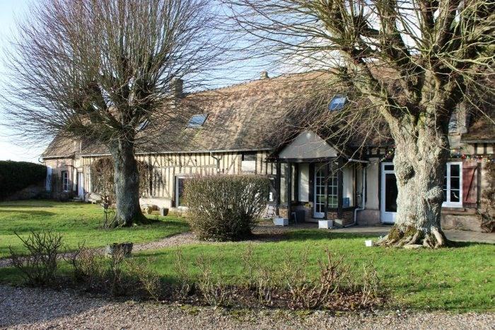 Sale house / villa Mézières-en-vexin 480000€ - Picture 1