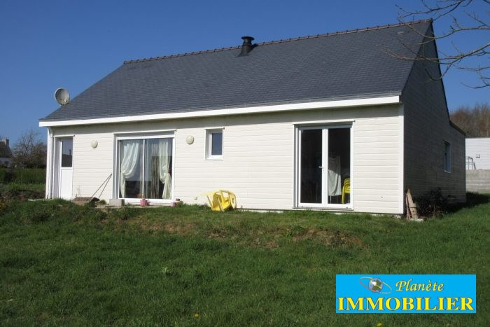 Sale house / villa Plozevet 166 720€ - Picture 1