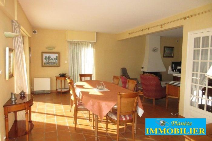 Sale house / villa Confort-meilars 171930€ - Picture 3