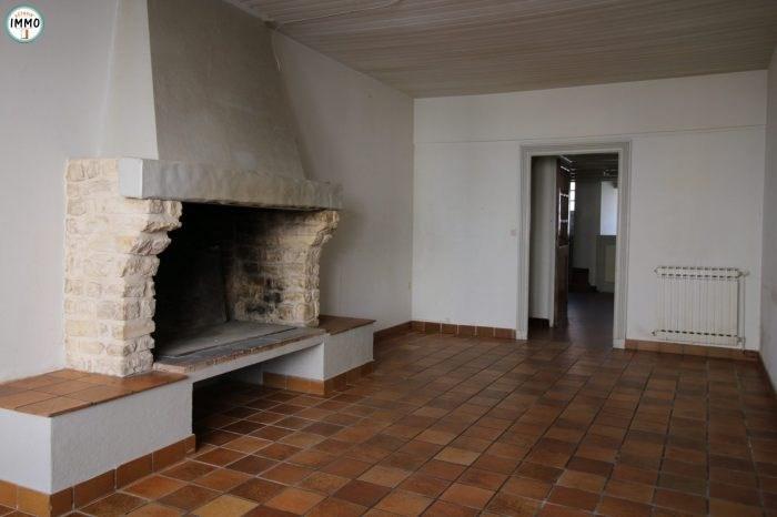 Rental house / villa Mortagne-sur-gironde 510€ CC - Picture 2