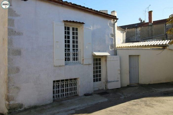 Rental house / villa Mortagne-sur-gironde 510€ CC - Picture 1
