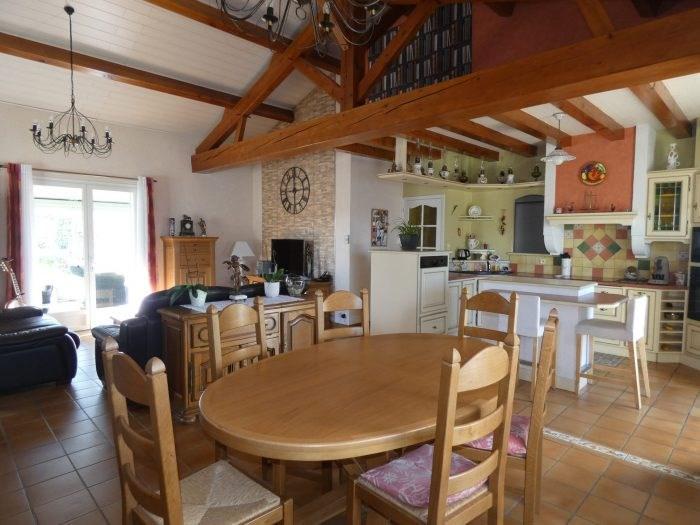 Sale house / villa Mouzillon 294490€ - Picture 1