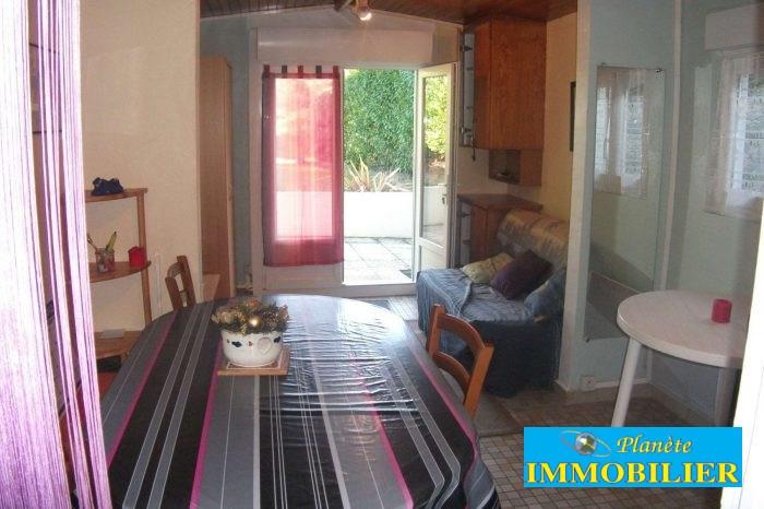Vente maison / villa Confort meilars 58850€ - Photo 7