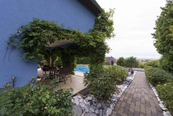 Deluxe sale house / villa Durningen 890000€ - Picture 1