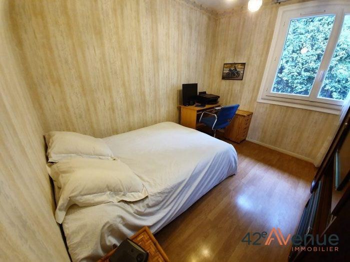 Sale house / villa Saint-jean-bonnefonds 275000€ - Picture 9