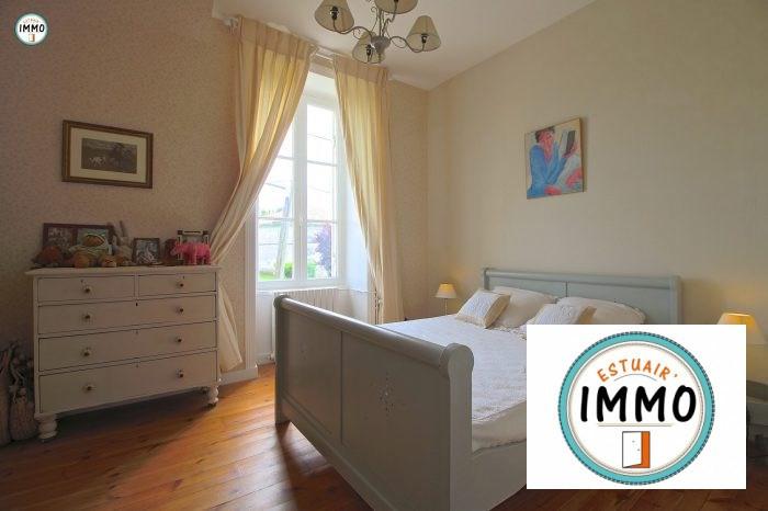 Deluxe sale house / villa Mortagne sur gironde 598900€ - Picture 13