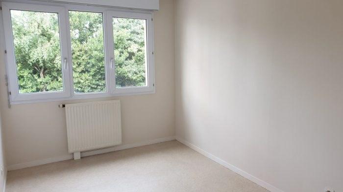 Sale apartment La roche-sur-yon 136900€ - Picture 5