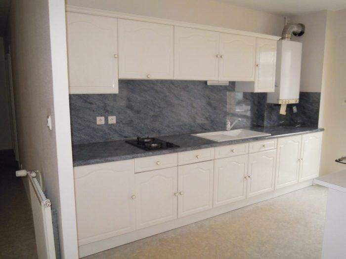 Rental apartment Clisson 623€ CC - Picture 2
