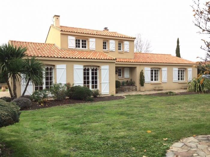 Sale house / villa Boufféré 343000€ - Picture 4