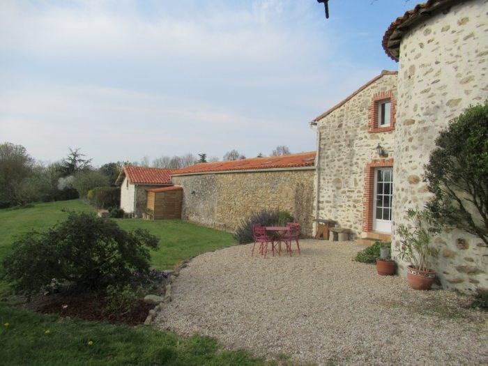 Deluxe sale house / villa Belleville sur vie 566500€ - Picture 3